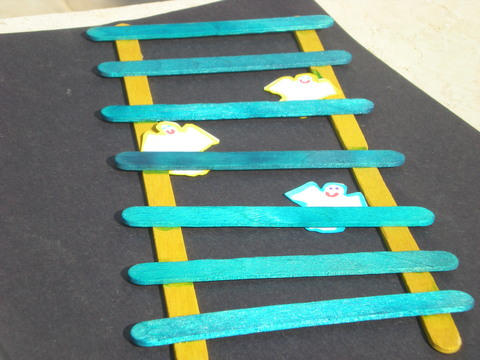 Jacob's Ladder Craft http://www.challahcrumbs.com/parshaCrafts_Torah%20Study.php?artId=859