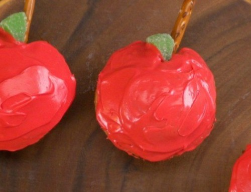 Apple-Shaped Cupcakes