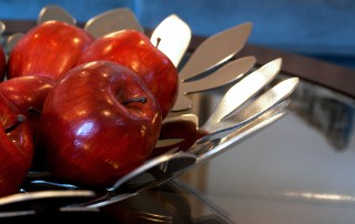 apples-in-bowl_gkhqhudd